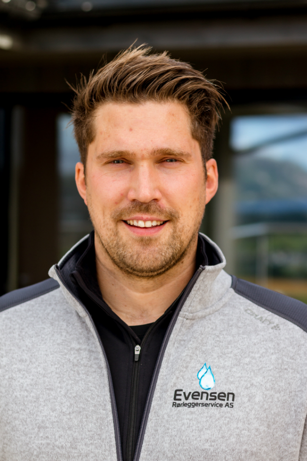 Jonas Evensen, daglig leder i Evensen Rørleggerservice